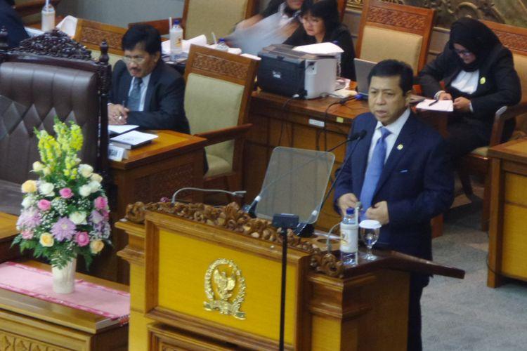 Ketua DPR RI Setya Novanto saat membawakan pidato pembukaan masa sidang DPR di Kompleks Parlemen, Senayan, Jakarta, Rabu (15/11/2017).