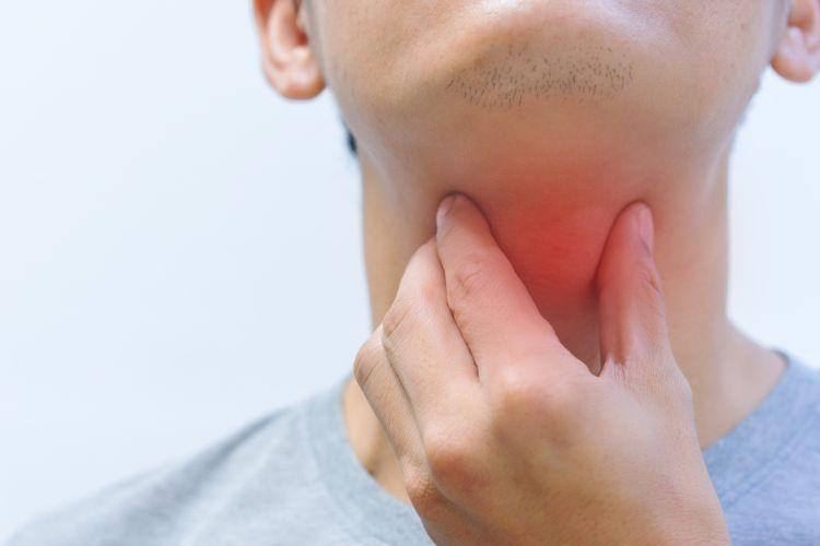Ilustrasi sakit tenggorokan.