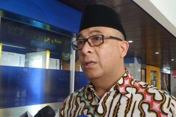 Sekretaris Fraksi Partai Nasdem, Syarif Abdullah Alkadrie di Kompleks Parlemen, Senayan, Jakarta, Jumat (9/6/2017).