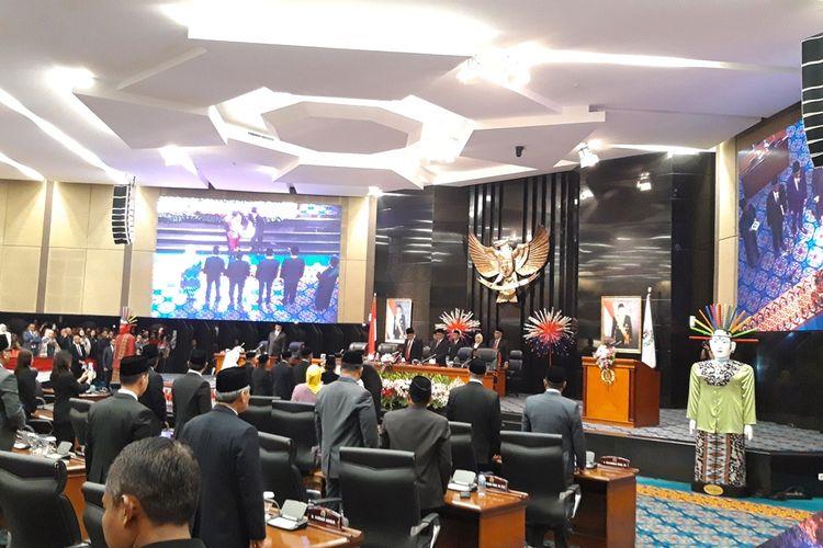 Lima pimpinan DPRD DKI Jakarta resmi mengucap sumpah jabatan di ruang paripurna, lantai 3, Gedung DPRD DKI, Senin (14/10/2019).