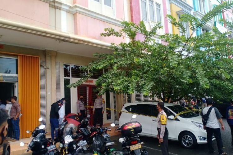 Lokasi penembakan di Ruko Royal Gading Square, Pegangsaan Dua, Kelapa Gading, Jakarta Utara, Kamis (13/8/2020).