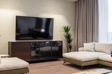 Benarkah TV Tidak Boleh Dinyalakan Saat Hujan Disertai Petir?