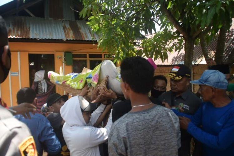 Jamaludin, korban penyerangan yang dilakukan sekelompok pemuda dengan senjata tajam di Kota Baubau, Sulawesi Tenggara, akhirnya menghembuskan nafas terakhir di rumah sakit, Selasa (20/10/2020) dinihari