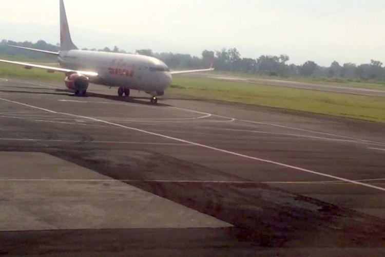 Suasana di Bandar Udara Internasional Adisutjipto di Yogyakarta, Selasa (7/11/2017). Sempat ditutup karena migrasi burung-burung.