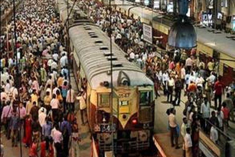 Ilustrasi kereta api India.