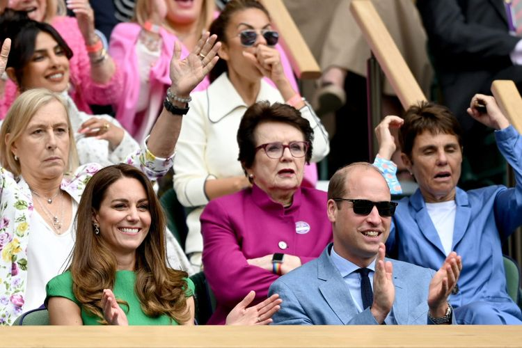Pangeran William dan Kate Middleton menonton final Wimbledon 2021.
