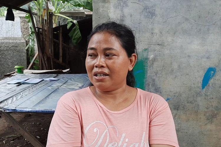 Nurlela selaku tetangga Nur Astuti Anjaya saat ditemui di kediamannya di  RW 07, Kelurahan Bojong Menteng, Kota Bekas