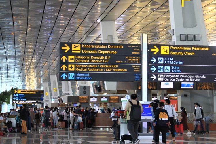 Suasana di Terminal 3 Bandara Internasional Soekarno-Hatta, Tangerang.