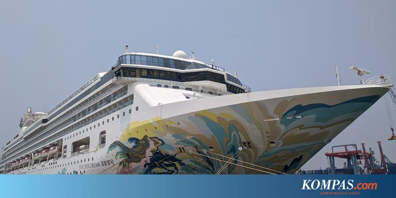 Menjelajah Kapal Pesiar Senilai Rp 792 Miliar yang Bersandar di Tanjung Priok