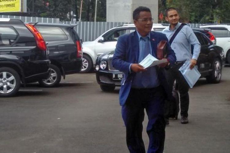 Pengacara Hary Tanoesoedibjo, Hotman Paris Hutapea, di Kejaksaan Agung, Kamis (17/3/2016).