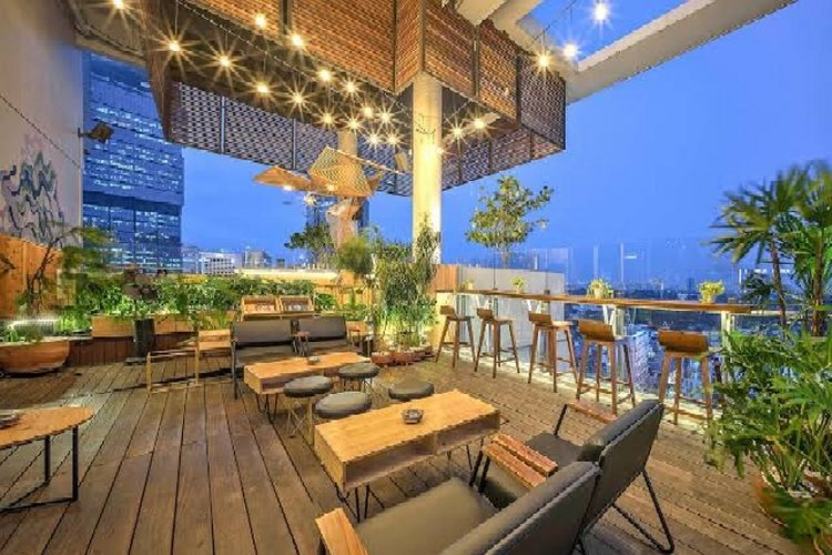 SKYLOFT di Hotel All Seasons Thamrin