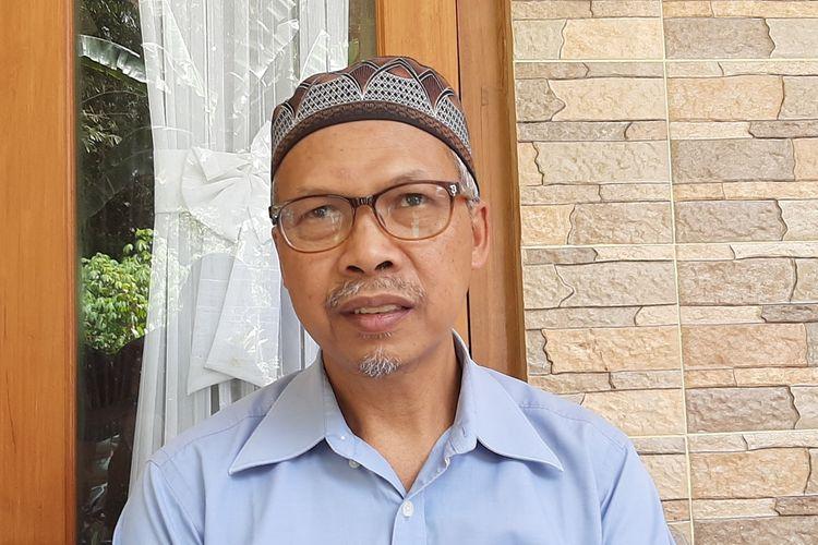 Juru Kunci Gunung Merapi Mas Kliwon Suraksohargo Asihono saat menemui wartawan.