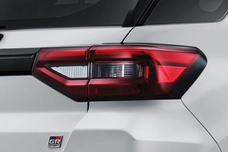 Lampu belakang Raize GR Sport