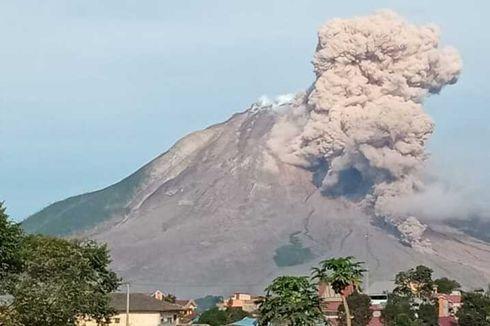 Gunung Sinabung Kembali Erupsi, Tinggi Kolom Abu hingga 3.460 MDPL