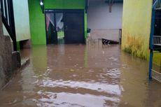 Sungai Cikeruh Meluap, Perumahan di Jatinangor Terendam Banjir 1, 5 Meter