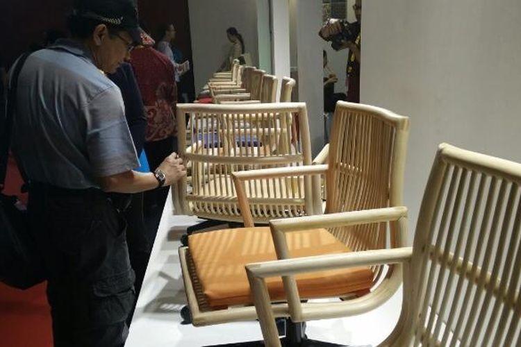 Mebel Matala, mebel berbahan rotan yang bisa menjadi perabot di kantor.