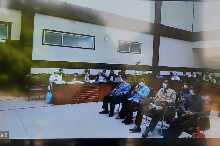 Pengadilan Negeri (PN) Jakarta Timur melanjutkan sidang kasus kerumunan di Petamburan, Jakarta Pusat dan Megamendung,Kabupaten Bogor, Jawa Barat dengan terdakwaRizieqShihab pada Senin (26/4/2021) ini.