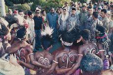 Gus Dur dan Acub Zainal, Dua Nama yang Akan Terus Dikenang di Papua