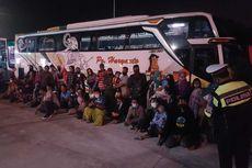 Bus Angkut 122 Pemudik dari Jakarta Diamankan di Tol Sumo