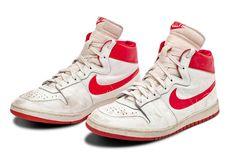 Sepatu Nike Michael Jordan yang Pertama Bakal Dijual Rp 21 Miliar