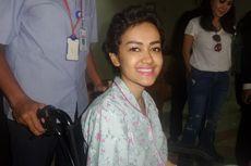 Julia Perez Meninggal, Melly Goeslaw Ajak