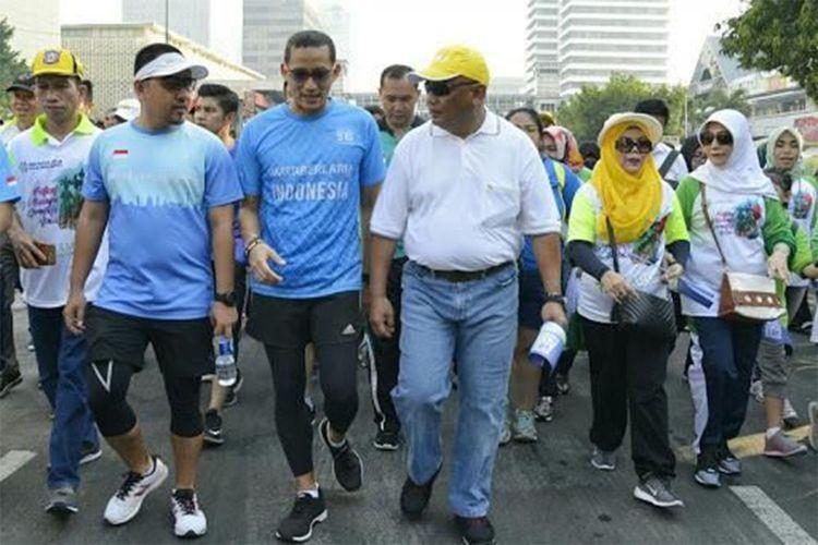 Sandiaga Uno dan Gubernur Gorontalo Rusli Habibie pada sebuah acara.