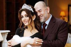 Cerai dari Mantan Raja Malaysia, Eks Miss Moscow Jual Cincin Kawin Rp 3,5 Miliar, Untuk Apa?