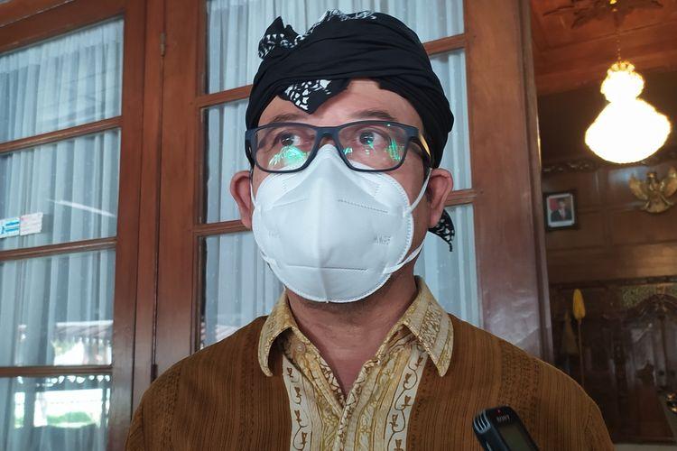 Bupati Banyumas Achmad Husein di Pendapa Sipanji Purwokerto, Kabupaten Banyumas, Jawa Tengah, Kamis (29/7/2021).