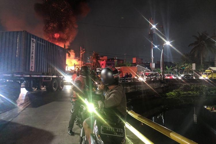 Ruko disamping Stasiun Ancol Terbakar pada Kamis (26/9/2019) malam