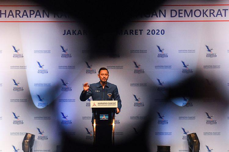 Ketua Umum Partai Demokrat yang baru, Agus Harimurti Yudhoyono menyampaikan pidato kemenangannya saat Kongres V Partai Demokrat di Jakarta, Minggu (15/3/2020). Dalam kongres tersebut, Agus Harimurti Yudhoyono terpilih secara aklamasi menjadi Ketua Umum Partai Demokrat periode 2020-2025 menggantikan Susilo Bambang Yudhoyono yang selanjutnya menjadi Ketua Majelis Tinggi Partai Demokrat.
