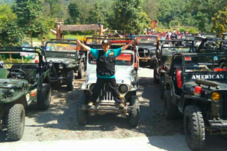 Mobil adventure Volcano Tour Gunung Merapi di Kinahrejo.