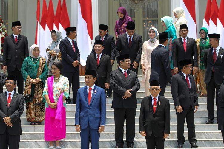 Suasana persiapan pemotretan Kabinet Indonesia Maju di Istana Negara, Jakarta, Rabu (23/10/2019). Presiden RI Joko Widodo mengumumkan dan melantik Menteri-menteri Kabinet Indonesia Maju serta pejabat setingkat menteri.