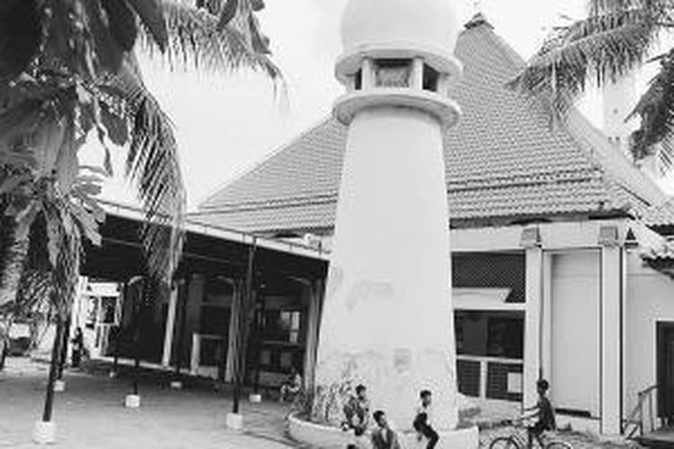 Masjid Luar Batang.