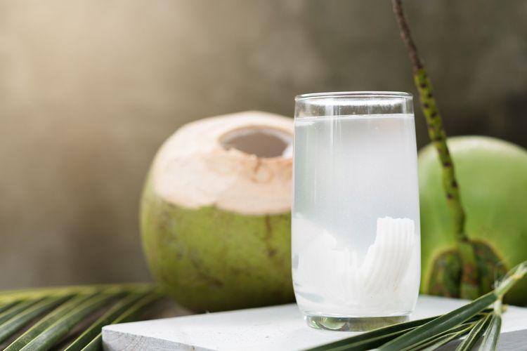 Ilustrasi air kelapa.