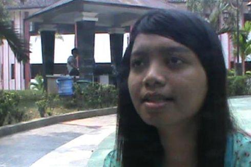 Kuliah S-2 dan Perbaiki Rumah, Cita-cita Putri Buruh Tani Peraih IPK Tertinggi