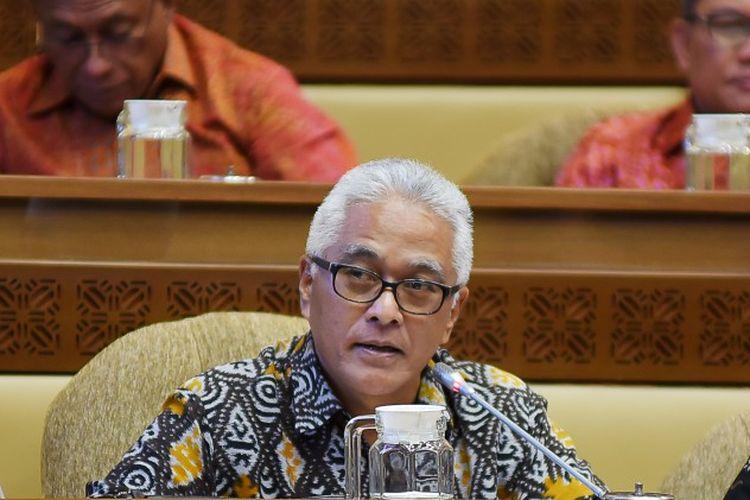 Anggota Komisi II DPR RI, Guspardi Gaus memberi peringatan terkait celah dan kelonggaran di lapangan selama PSBB berlangsung, Selasa (12/5/2020).