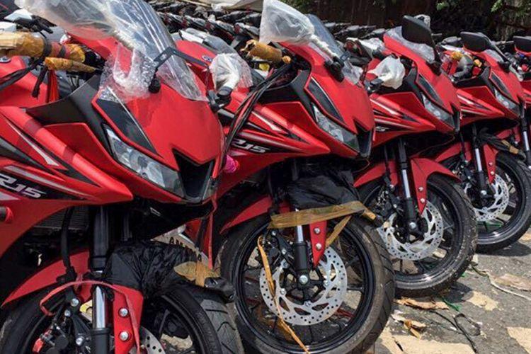 Yamaha R15 sampai di Vietnam