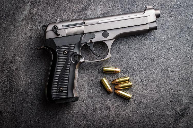 Ilustrasi pistol 9 mm.