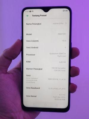 Tampak pada gambar, Realme 3 Pro menjalankan sistem operasi Android Pie dengan balutan Color OS 6.0.
