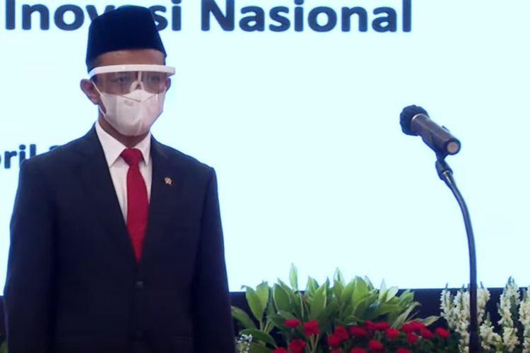 Presiden Joko Widodo melantik Bahlil Lahadalia sebagai Menteri Investasi/Kepala Badan Koordinasi Penanaman Modal (BKPM) di Istana Kepresidenan pada Rabu (28/4/2021).