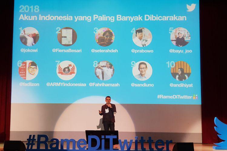 Country Head Industry Indonesia dan Malaysia Dwi Adriansyah saat memamparkan tren di Twitter selama 2018.
