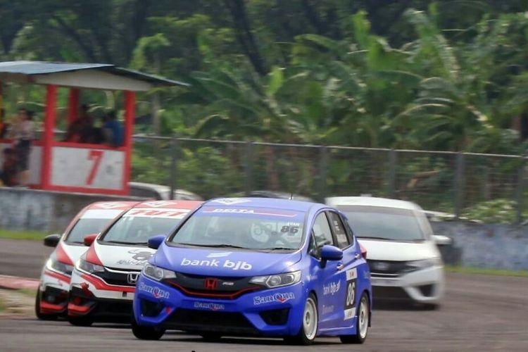 Ajang balap mobil Honda Speed Challenge digelar di Sirkuit Sentul, Kabupaten Bogor, Jawa Barat.