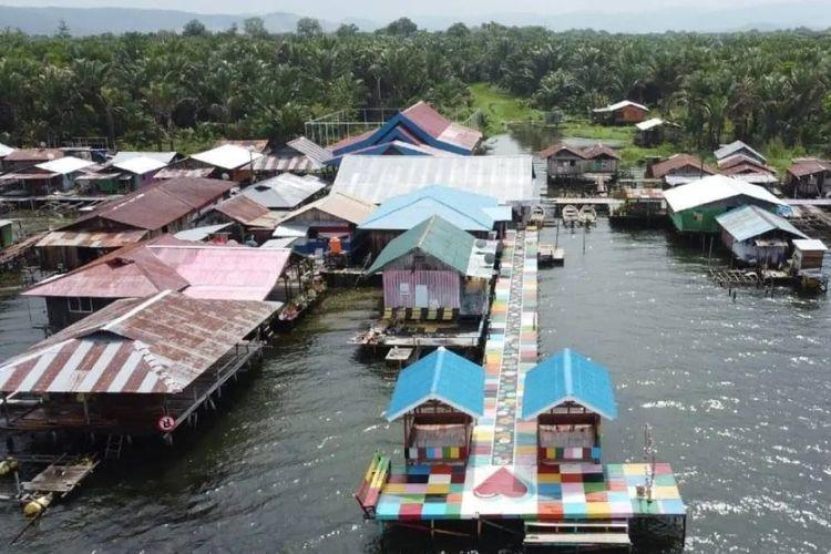 Sebanyak 50 unit RTLH dua Kampung Wisata di Sentani, Papua, memperoleh bantuan bedah rumah