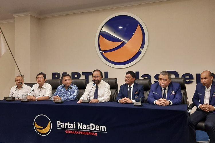 Konferensi pers Presiden PKS Sohibul Iman bersama Ketua Umum NasDem Surya Paloh di kantor DPP NasDem, Gondangdia, Jakarta, Rabu (29/1/2020).