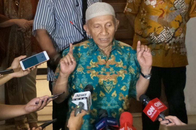 Ketua Dewan Kehormatan Partai Amanat Nasional (PAN) Amien Rais saat ditemui di rumah pemenangan PAN, Jalan Daksa, Jakarta Selatan, Senin (8/20/2018) malam.