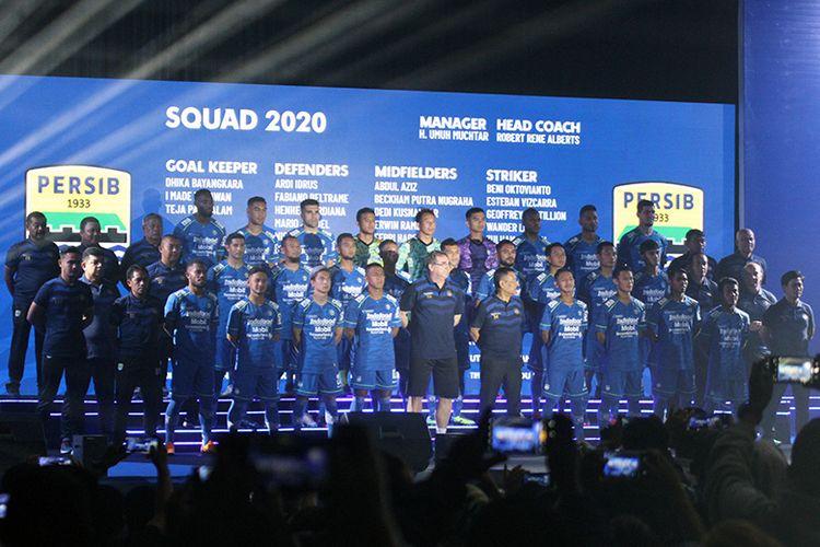 Skuad Persib Bandung untuk kompetisi 2020 resmi diperkenalkan.