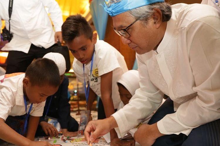 Direktur Utama PGN Gigih Prakoso dalam Acara Peresmian Perpustakaan Sekolah Tiara Nirwana di Bali