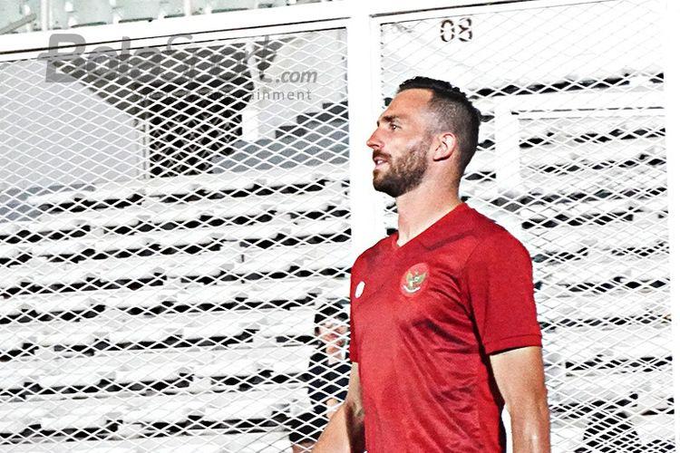 Ilija Spasojevic hadir dalam sesi pemusatan latihan hari pertama di Stadion Madya, Jumat (14/2/2020).