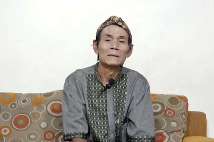 Untung Blangkon ucapkan duka cita untuk mendiang Didi Kempot. (Bidikan layar YouTube Untung Blangkon).
