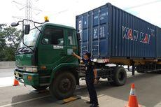 Mulai Besok, Truk Melebihi Muatan Dilarang Lewat Tol Tanjung Priok-Bandung
